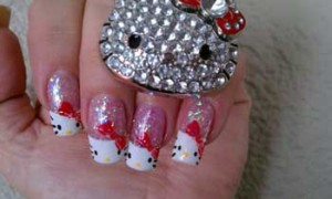 hello-kitty-nail-art-design