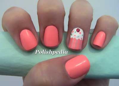 pink-cupcake-nail-art-s