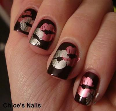The Socialphy.com shares Sexy Red Kiss Nail Art Tutorial. - Sexy Red Kiss Nail Art Tutorial AmazingNailArt.org