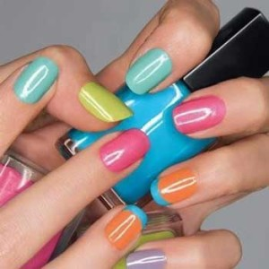How To Choose The Right Nail Polish Color